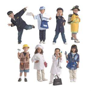 Ensemble de 8 costumes
